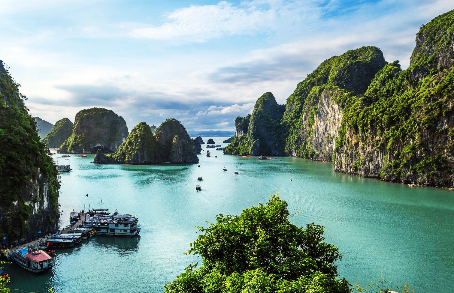 1. Ha Long Bay