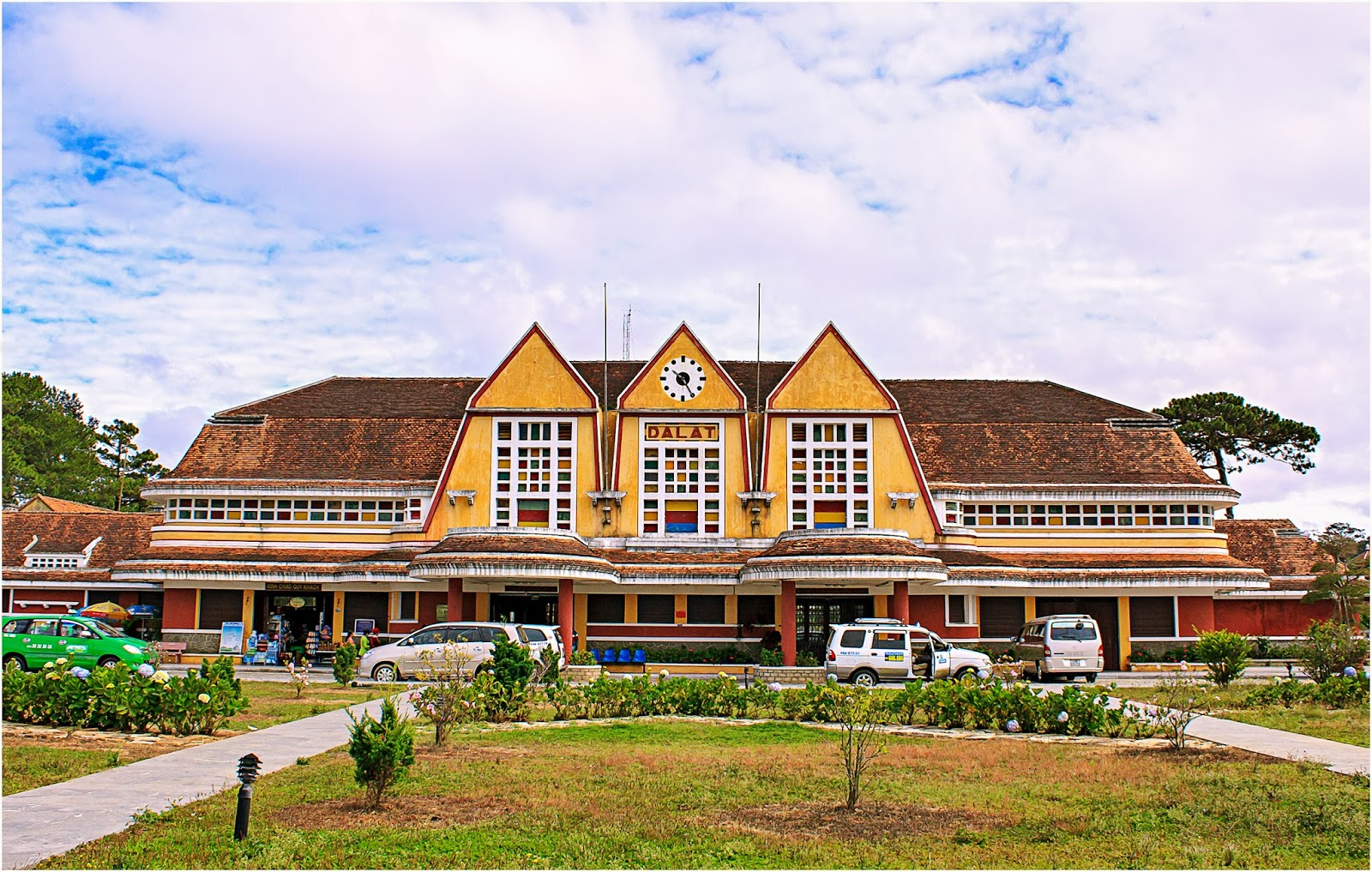 8. Dalat Train Station
